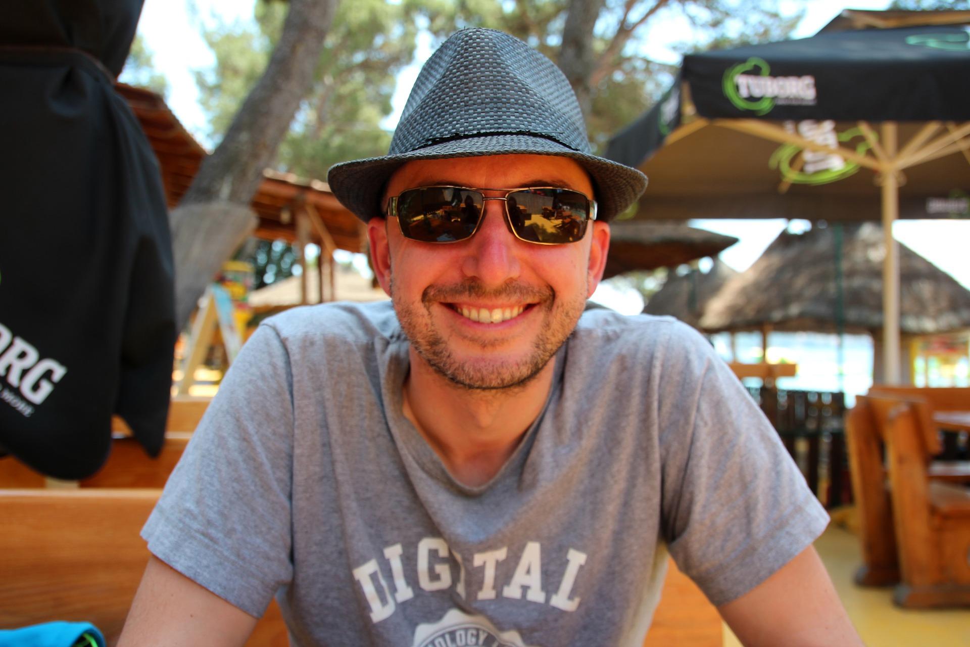 digital nomad freelancer man